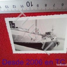 Fotografía antigua: TUBAL ASTILLERO SANTANDER BARCO 1961 FOTOGRAFIA 100% ORIGINAL B47. Lote 194652005