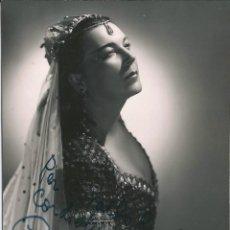 Fotografía antigua: OPERA - MEZZO SOPRANO BULGARA ELENA NICOLAI COMO DALILA - FOTO 17X14CM CON AUTÓGRAFO ORIGINAL 1955. Lote 195024435