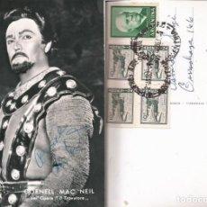 Fotografía antigua: OPERA - BARITONO AMERICANO CORNELL MAC NEIL EN EL TROVADOR FOTO 15X10CM CON AUTÓGRAFO ORIGINAL 1963. Lote 195028292