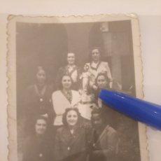 Fotografía antigua: FOTOGRAFÍA GRUPO DE MUJERES SAGRADO CORAZÓN DE JESÚS.. Lote 195056187