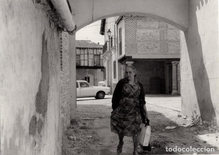 Fotografía antigua: ARÉVALO.(ÁVILA).- LOTE DE 16 FOTOGRAFIAS AÑOS 60.- 9X12,5. - Foto 6 - 195756475