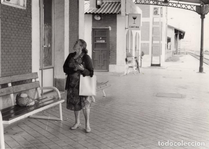 Fotografía antigua: ARÉVALO.(ÁVILA).- LOTE DE 16 FOTOGRAFIAS AÑOS 60.- 9X12,5. - Foto 8 - 195756475