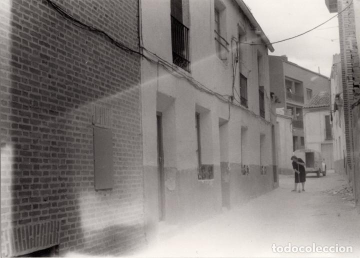 Fotografía antigua: ARÉVALO.(ÁVILA).- LOTE DE 16 FOTOGRAFIAS AÑOS 60.- 9X12,5. - Foto 12 - 195756475