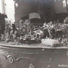Fotografía antigua: PRECIOSA FOTOGRAFÍA. ANTIGUO BELEN NAVIDAD NACIMIENTO DE LOS AÑOS 60. SB. Lote 195997838