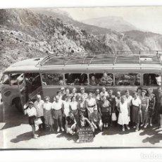 Fotografía antigua: ITALIA.- 6 FOTOGRAFÍAS VIAJE POR ITALIA.1952. PARTE ÁLBUM MEDIDAS FOTO AUTOBÚS 23X17.. Lote 196006972