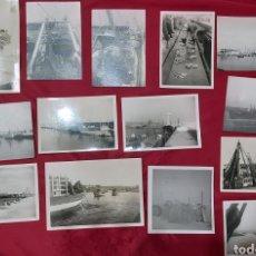 Fotografía antigua: LOTE 14 FOTOGRAFIAS BARCOS, PESCADORES PUERTO DE VILANOVA I LA GELTRÚ AÑOS 70. Lote 197858097