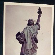 Fotografía antigua: FOTO ESTATUA DE LA LIBERTAD. VISTA TRASERA. AÑOS 70.. . .ENVIO INCLUIDO.. Lote 204384255