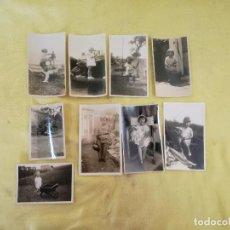 Fotografía antigua: LOTE DE 9 FOTOGRAFÍAS EN B/N DE NIÑOS CON JUGUETES O JUGANDO, ANTIGUAS O VINTAGE. Lote 204666856