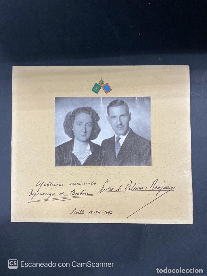 ANTIGUA FOTOGRAFIA DE ESPERANZA DE BORBON Y PEDRO DE OLEANS Y BRAGRANZA. SEVILLA, 1944. (Fotografía Antigua - Fotomecánica)