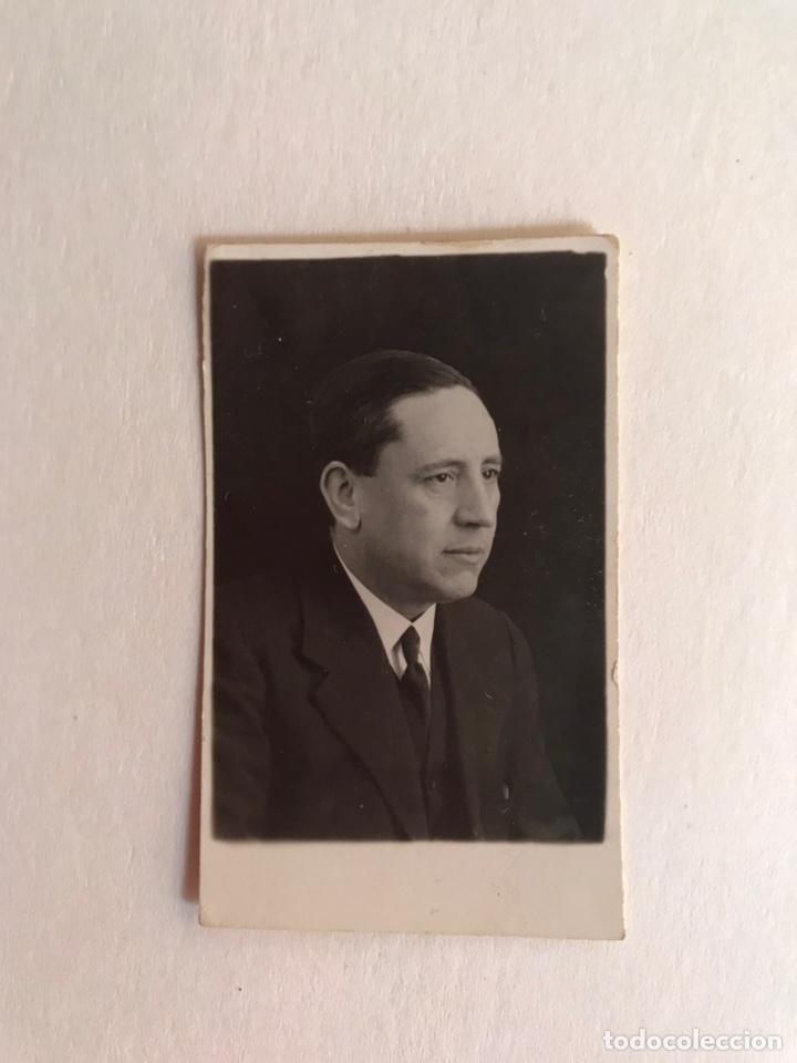 VALENCIA. FOTOGRAFÍA CARNET. SEÑOR TRAJEADO.. FOTO ESTUDIO PAVIA. (A.1933) DEDICADA... (Fotografía Antigua - Fotomecánica)