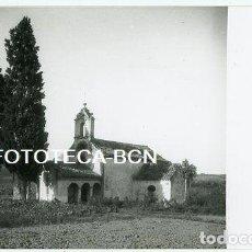 Fotografía antigua: FOTO CERDANYOLA DEL VALLES ERMITA SANTA MARIA DE LES FEIXES AÑOS 30 FOTO J OLIVELLA. Lote 210311060