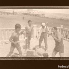 Fotografía antigua: VALENCIA - PLAYA LAS ARENAS - 4 CLICHES NEGATIVOS EN CELULOIDE - AÑOS 1960. Lote 210770056