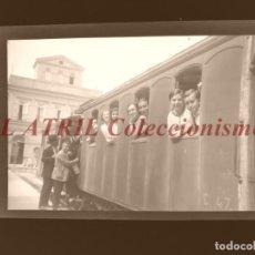 Fotografía antigua: VALENCIA - ESTACION FERROCARRIL - CLICHE NEGATIVO EN CELULOIDE - AÑOS 1960. Lote 210771497