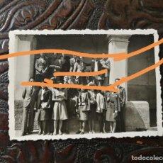 Fotografía antigua: ANTIGUA FOTOGRAFÍA. INSTITUTO DE FIGUERES. GIRONA. FOTO AÑO 1942.. Lote 211886522
