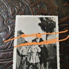 Fotografía antigua: ANTIGUA FOTOGRAFÍA DE FIGUERES. GIRONA. FOTO AÑO 1942.. Lote 211886643