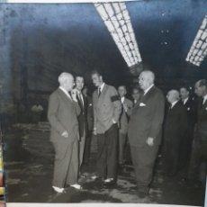 Photographie ancienne: FOTOGRAFIA JUAN CARLOS I. EPOCA FRANQUISTA. JULIO 1956. FOTO GARAY.. Lote 211925261