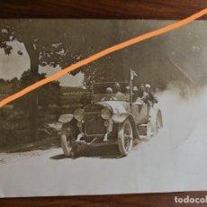 Fotografía antigua: ANTIGUA FOTOGRAFÍA. COCHE HISPANO SUIZA. AUTOMÓVIL. CARRERA DE COCHES. CATALUNYA.. Lote 213074362