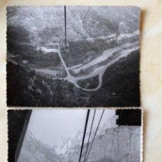 Fotografía antigua: 2 FOTOGRAFIAS TELEFERICO AERI MONSERRAT FOTOS MONASTERIO DESDE TELEFERICO 8,6X11,8 CM. Lote 213802306