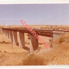 Fotografía antigua: ANTIGUA FOTOGRAFIA PUENTE LINEA FERROVIARIA ALMERIA-LINARES, 128X90MM. Lote 214235553