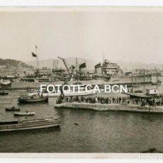 Fotografía antigua: FOTO ORIGINAL PUERTO DE BARCELONA BARCO DE GUERRA HIDROAVION POSIBLEMENTE ARMADA ESPAÑOLA AÑO 1957. Lote 216969950