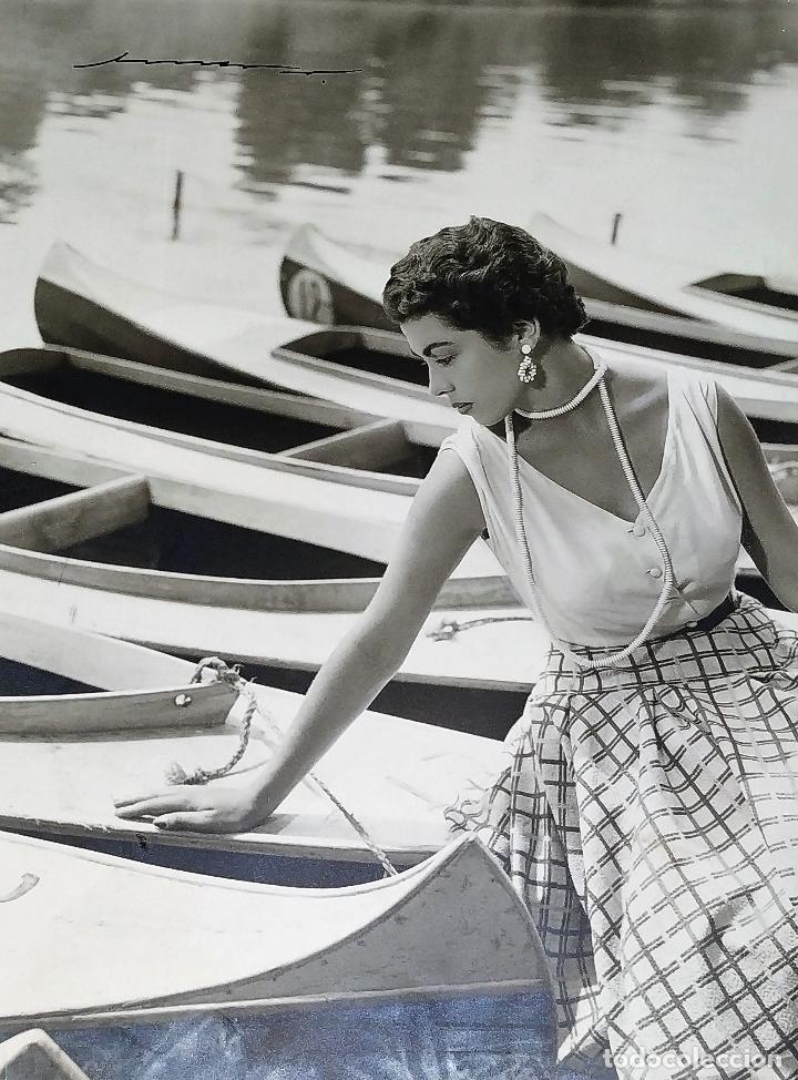 4 FOTOGRAFÍAS DE MARINA MARTINEZ SORIANO. FIRMADAS POR AMER VENTOSA. ESPAÑA. CIRCA 1955 (Fotografía Antigua - Fotomecánica)