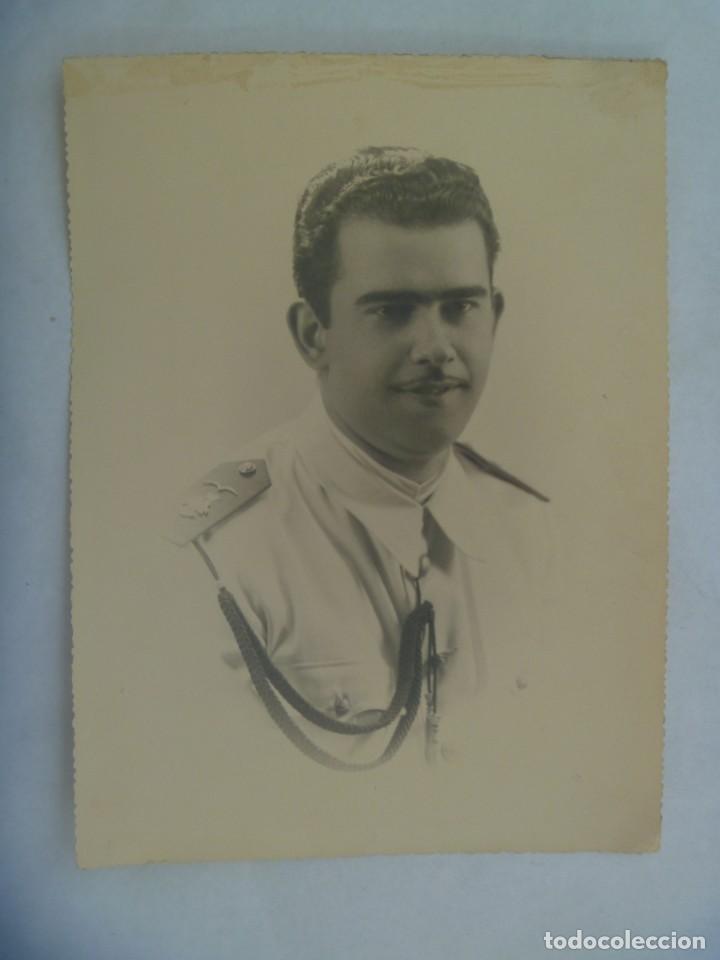 ACADEMIA GENERAL DEL AIRE : GRAN FOTO DE CADETE DE AVIACION ... TROQUELADA DE 1,5 X 23,5 CM (Fotografía Antigua - Fotomecánica)