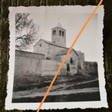 Fotografía antigua: ANTIGUA FOTOGRAFÍA.IGLESIA DE SANTA MARÍA DE BARBERÁ. BARBERÁ DEL VALLES. BARCELONA. FOTO AÑO 1935.. Lote 218811378