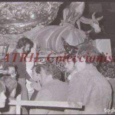 Fotografía antigua: VALENCIA - FALLAS - CLICHE NEGATIVO DE 35 MM EN CELULOIDE - AÑOS 1978-1979. Lote 219155877