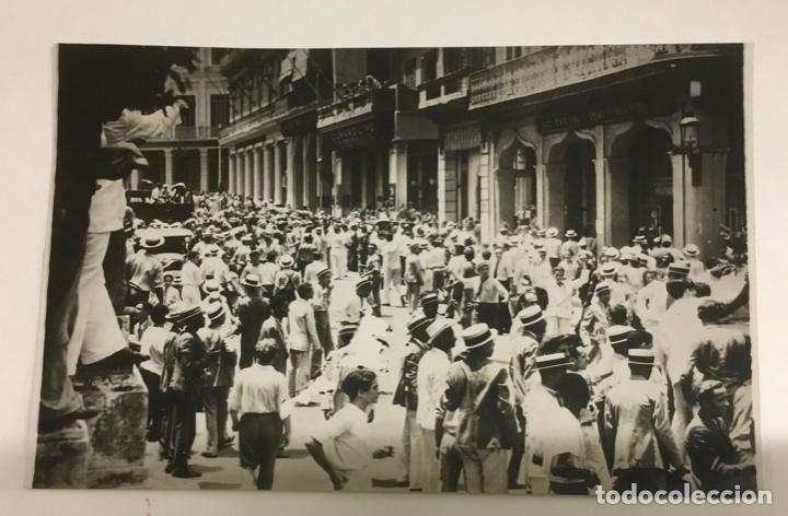 Fotografía antigua: 22 FOTOGRAFIAS CUBA. DERROCAMIENTO MACHADO. CESPEDES, RAMON GRAU... DESTROZOS SAQUEOS - Foto 4 - 219354651