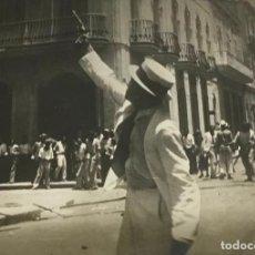 Fotografía antigua: 22 FOTOGRAFIAS CUBA. DERROCAMIENTO MACHADO. CESPEDES, RAMON GRAU... DESTROZOS SAQUEOS. Lote 219354651