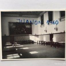 Photographie ancienne: MONASTERIO DEL PUIG (VALENCIA) FOTOGRAFÍA REFECTORIO MONJES.. (A.1967) FOTO DERREY. Lote 220068040