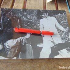 Fotografía antigua: FOTO FOTOGRAFÍA DE PELÍCULA DE KARATE KARATECA BRUCE LEE ??. Lote 220849573
