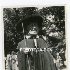 Fotografía antigua: FOTO ORIGINAL BURGOS FIESTA POPULAR PASACALLE HOMBRE CABEZUDO AÑO 1946. Lote 220943777