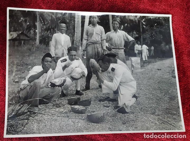 9 FOTOGRAFÍAS. BARCOS Y MILITARES. PROBABLEMENTE TOMADAS EN INDONESIA. CIRCA 1910 (Fotografía Antigua - Fotomecánica)