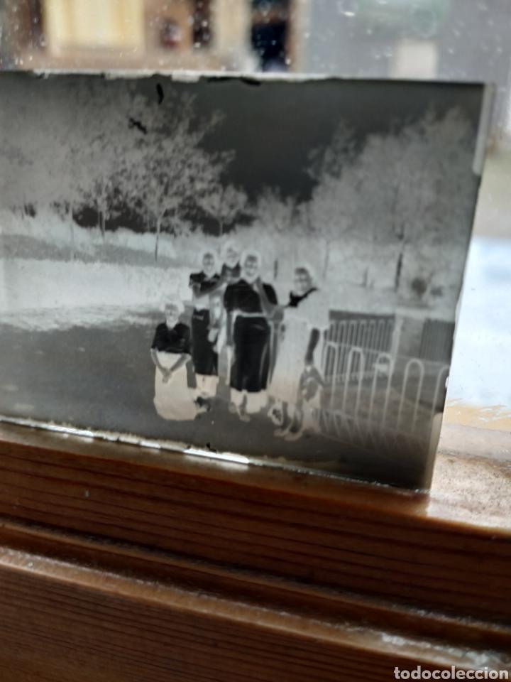 Fotografía antigua: Caja con 6 negativos en cristal 1937 - Foto 4 - 223472822