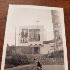 Fotografía antigua: ANTIGUA FOTOGRAFIA IGLESIA LAS PALMAS DE GRAN CANARIA 1968. Lote 227704285