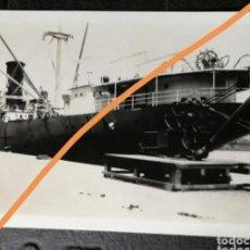 Fotografía antigua: .FOTOGRAFÍA ANTIGUA DE BARCELONA. PUERTO. BUQUE. FOTO AÑO 1930... Lote 231568460