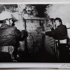 Fotografía antigua: SANTANDER. FOTO DE INTERVENCIÓN DE BOMBEROS. 1989 FOTO QUINTANA. Lote 235488755