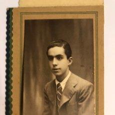 Fotografía antigua: BARCELONA. FOTO CARTERITA BELDA, RETRATO JOVEN. DEDICADA A LA FAMILIA (A.1938). Lote 236658105