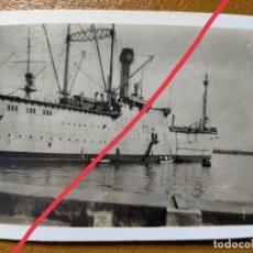 Fotografía antigua: ANTIGUA FOTOGRAFÍA. PORTAAVIONES ESPAÑOL DEDALO.BARCO.BUQUE DE GUERRA.PUERTO BARCELONA.FOTO AÑO 1929. Lote 245642315