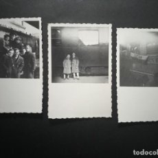 Fotografía antigua: ANTIGUAS FOTOGRAFÍAS NIÑOS EN LA ESTACIÓN AÑOS 50 • 6,5CM X 9CM. Lote 268177404