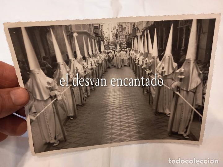 Fotografía antigua: CARTAGENA. Procesión Marrajos. Abril 1941. Casaú Fotógrafo. 18 x 13 ctms - Foto 2 - 268616199