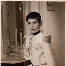 Fotografía antigua: GUAPO NIÑO CON TRAJE DE COMUNIÓN. ALMIRANTE. ADOLFO GARCÍA, JATIVA, VALENCIA AÑOS 50 AA. Lote 269127778