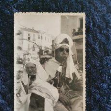 Fotografía antigua: ANTIGUA FOTOGRAFIA FIESTAS MOROS Y CRISTIANOS VILLENA FOTOGRAFIA EL AVION VILLENA. Lote 269250878