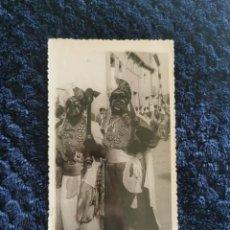 Fotografía antigua: ANTIGUA FOTOGRAFIA FIESTAS MOROS Y CRISTIANOS VILLENA FOTOGRAFO L.NAVARRO ALCOY. Lote 269251618