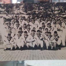 Fotografía antigua: ANTIGUA FOTOGRAFIA MILITAR MARINEROS MARINA NAVAL. Lote 269845323