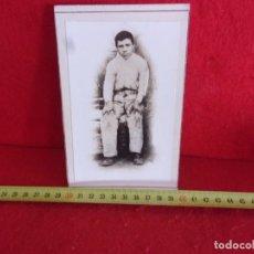 Fotografía antigua: FOTO ANTIGUA 1900 EN CARTON. Lote 277272908