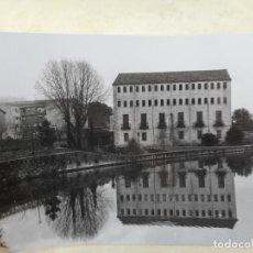 Fotografía antigua: ANTIGUA FOTOGRAFIA.CAPELLADES.BARCELONA 1970. Lote 277516463