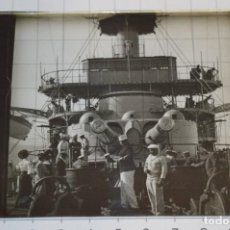 Fotografía antigua: ANTIGUO NEGATIVO SOBRE PLACA CRISTAL - VISTA DE LA CUBIERTA BUQUE DE GUERRA / SOBRE 1907 ¡MIRA!. Lote 277517783