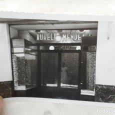 Fotografía antigua: ANTIGUA FOTOGRAFIA.ALMACENES TIENDA AURELIO MENDEZ.CARTAGENA. AÑOS 50??. Lote 277518458